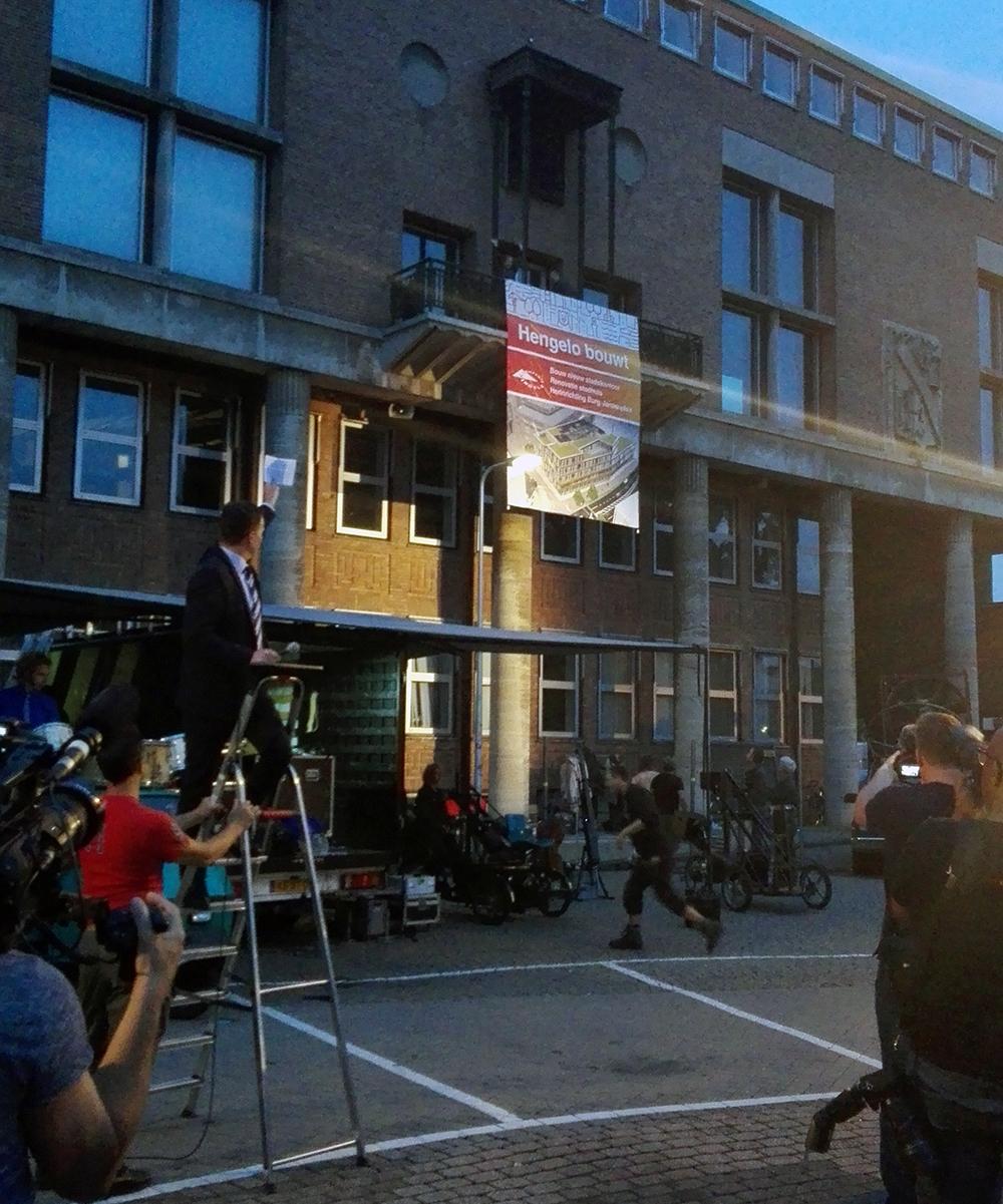 starthandeling renovatie stadhuis hengelo door wethouder