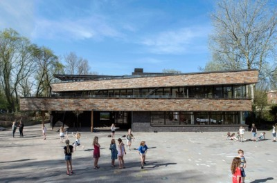 voorgevel basisschool het volle leven van HVE Architecten